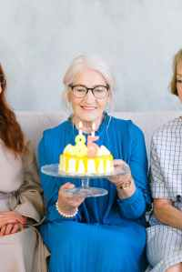 O combate ao idadismo passa por desmoronar os mitos sobre o envelhecimento.